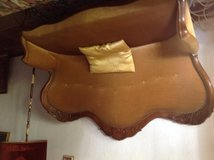 Louis Philippe sofa. Gold velvet. With stool of same style. Perfect condition in Rota, Spain