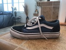 vans size 4 in Vacaville, California