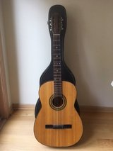 Jom Mexican Guitar w/case in Tinley Park, Illinois