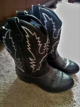 Black and white Cowgirl boots Size three youth in Travis AFB, California