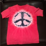 Gap Kids peace sign tshirt in Bolingbrook, Illinois