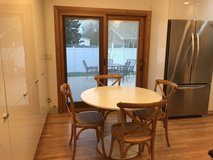 Set of 4 dinning chairs in Bolingbrook, Illinois