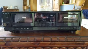SONY DOUBLE CASSETTE PLAYER AND RECORDER in Fort Leonard Wood, Missouri