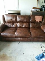 brown 3 spot recliner couch in Warner Robins, Georgia