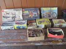 SET OF MODEL KITS OF CARS, SEMI-TRUCKS AND MOTORCYCLES FROM MID-SIXTIES in Chicago, Illinois