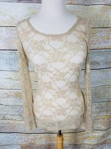Long sleeve lacy top in Westmont, Illinois