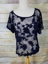 Forever 21 short sleeve lacy top in Westmont, Illinois