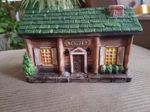 Ceramic Christmas tavern bank in Chicago, Illinois