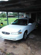 98 Buick Regal in Pasadena, Texas