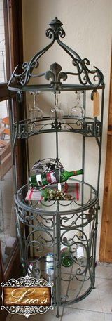 Iron Wine Cabinet with Glass Shelf in Baumholder, GE