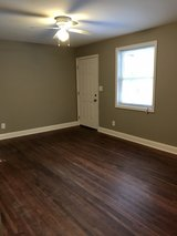 NEAR BASE: 1 Bed 1 Bath Apartment!! in Fort Campbell, Kentucky