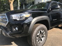 Huge Military Savings - 2017 Toyota Tacoma TRD Off Road Double Cab 5' Bed V6 4x4 MT in Wiesbaden, GE
