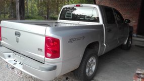 2006 Dodge Truck Full size 5 seater, road tax euro 100 yearly in Shape, Belgium