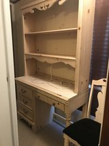 Stanley furniture desk with hutch in Kingwood, Texas