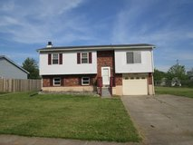 $10,000 PRICE DROP 3bd/2bth Split Level Home/ 1482 Kingswood Way, Radcliff, KY in Fort Knox, Kentucky