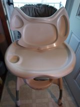 Graco Windsor Highchair in Pleasant View, Tennessee