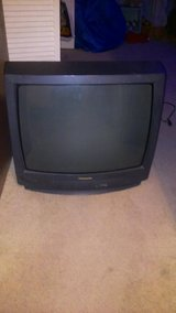 TWO TVS FOR 20 DOLLARS in Cherry Point, North Carolina