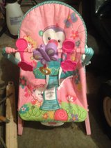 practically new Baby rocker vibrates in Fort Leonard Wood, Missouri