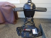 Primo Ceramic Grill/smoker in Tacoma, Washington