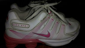 Girls size 1 Nike shoes in Fort Campbell, Kentucky