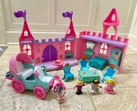 Fisher Price Little People Musical Palace & Horse-Drawn Carriage in Westmont, Illinois