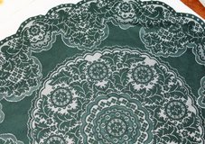 Vintage Collectible Green Lace Doilies Table Linen Kitchen Flower Floral Decor in Houston, Texas