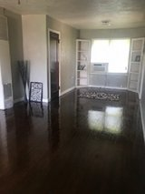 Updated 2 Bed House,Yard,w/Garage in Lawton, Oklahoma