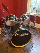 Ludwig Accent Custom Drum Kit + Extras in Wilmington, North Carolina