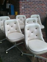Set of 6 chairs in Beaufort, South Carolina