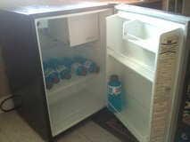 Kenmore mini-fridge 2.5 Cu.Ft. refrigerator in Fort Lewis, Washington