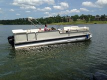 Reduced!!2000 Suntracker Pontoon Party Barge 27' in Warner Robins, Georgia