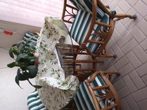 Very nice Rattan Table and chairs in MacDill AFB, FL
