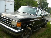 89 Ford Pick-up in Pleasant View, Tennessee