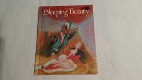 Sleeping Beauty - Wonder Book - 1976 in Glendale Heights, Illinois