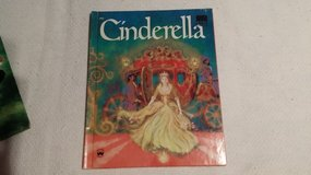 Cinderella - Wonder Book - 1976 in Glendale Heights, Illinois