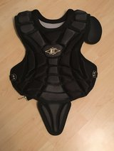 Easton Youth Catchers Chest Protector in Stuttgart, GE
