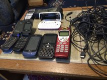 Cell phones 7 of them with charges in Fort Leonard Wood, Missouri