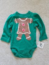 NEW Girls 0-3 month green w/gingerbread long sleeve onesie in Naperville, Illinois