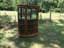 Antique Qtr Oak Serpentine China Cabinet W/Mirror Back in Cherry Point, North Carolina