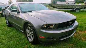 2010 V6 Auto Premium Mustang in Wilmington, North Carolina