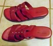 New Comfort Plus women's red shoes with diamonds size 9W-Very Pretty in Alamogordo, New Mexico