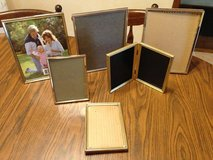 Various gold picture frames in Glendale Heights, Illinois