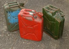 JERRY CANS 20L FUEL CANS DERV/PETROL in Lakenheath, UK
