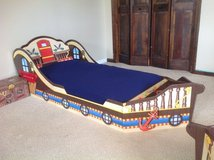 Toddler Pirate boat bed in Fort Drum, New York