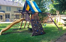 Rainbow play set in Bartlett, Illinois