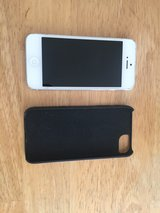 iphone 5 16 gb(wifi only) Case and otterbox in Ramstein, Germany