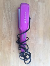 Hair Straightener 110v in Ramstein, Germany