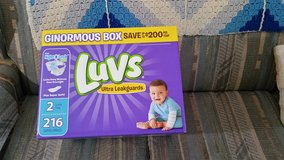 Luv's diapers,  Size #2,  210 ct,  12 - 18 # in Warner Robins, Georgia