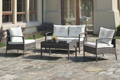 SALE! 30-50% OFF RETAIL! CONTEMPORARY QUALITY PATIO SET WITH CUSHIONS! in Vista, California