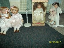 Collectible Porcelain Dolls in Warner Robins, Georgia